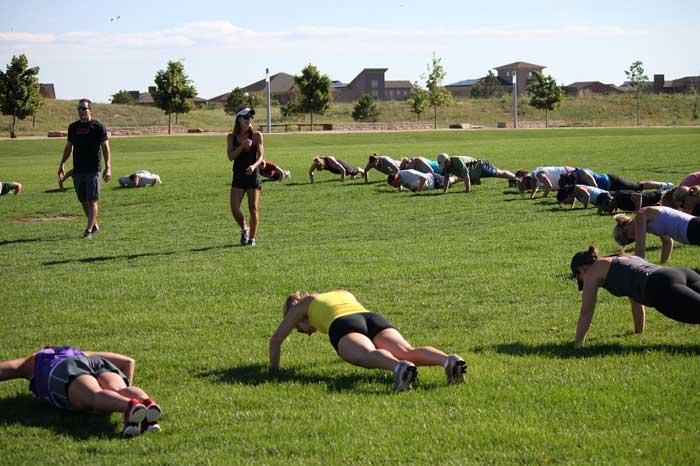 foto training push up in groep